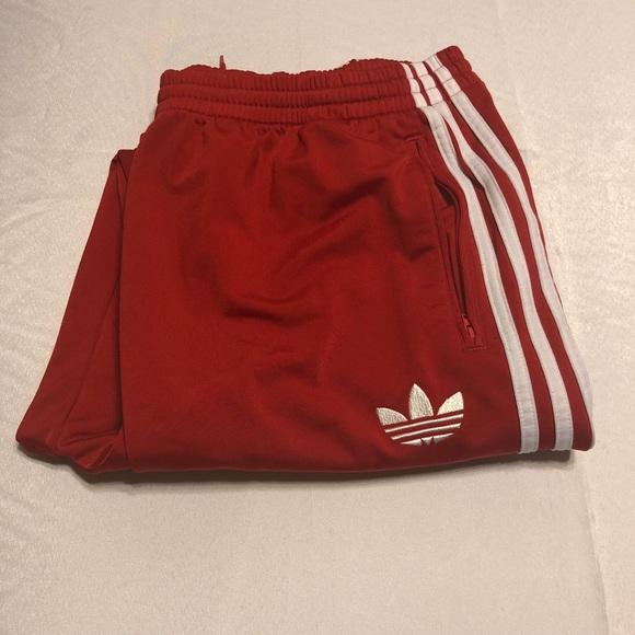 na sprzedaż online duża zniżka przed Sprzedaż Men's 3XL Red Adidas ESSENTIALS 3-STRIPES PANTS
